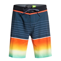 "Quiksilver Highline Slab 20"" Boardshorts in Ebony"