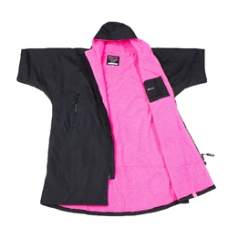 Dryrobe Small Short Sleeved Dryrobe in Black & Pink