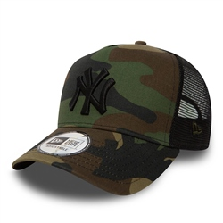 New Era Clean Trucker Cap  - Camo