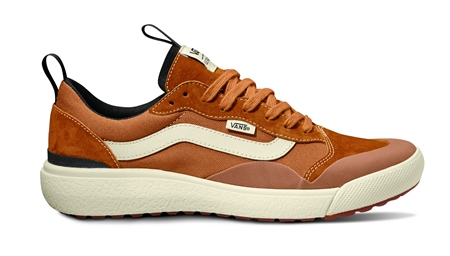 Vans UltraRange Exo SE Shoes in Pumpkin